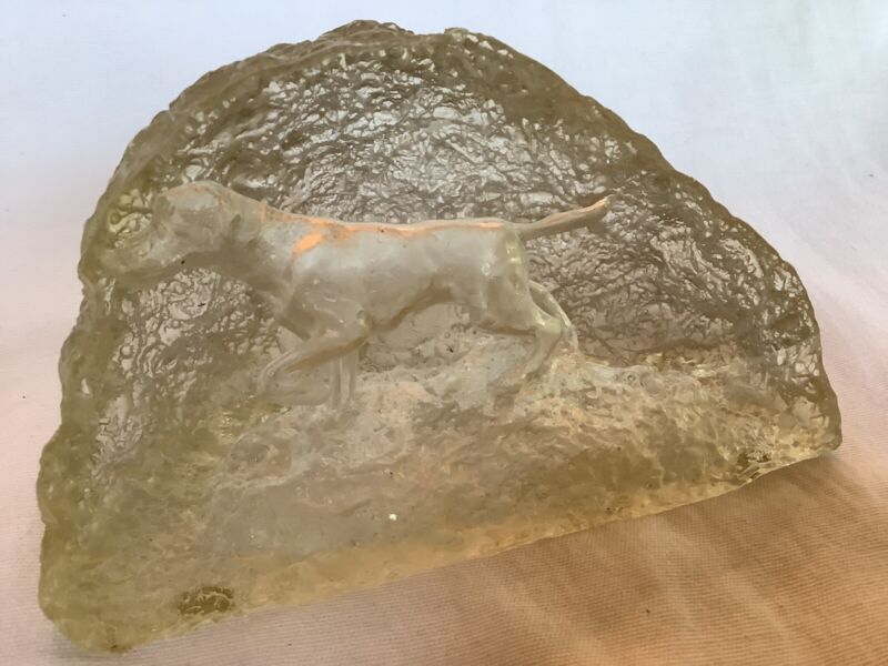 Vintage Acrylic Staue Figure English Pointer Hunting Dog Silhouette Within Rock