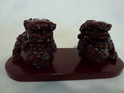 Red Resin Chinese Foo Dog Pair Guardian Lion Dogs