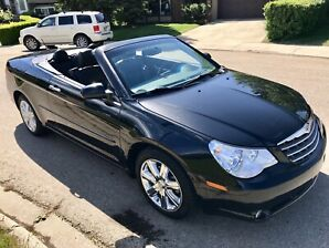 Chrysler Limited Hardtop Convertible *Only 46,000KM's*
