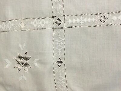 """Vintage linen embroidered table cloth  Norwegian handmade off-white 32x33"""""""