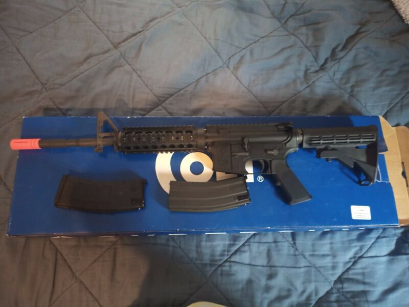 GHK Gas Airsoft M4A1 w/ extras