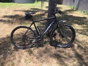 Hybrid mountain bike for sale