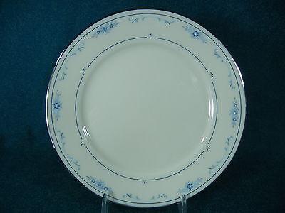 Lenox Carolina Blue Flowers Bread and Butter Plate(s) Blue Flowers Bread Plate