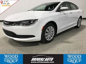 2016 Chrysler 200 LX AUTO HEADLIGHTS, KEYLESS ACCESS, USB