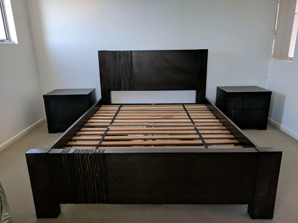 4pc bedreem suite (bed, dresser, 2 x bedside table)