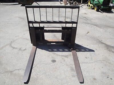 Construction Attachment 42 Inch 4000 Lb Skid Steer Pallet Forks