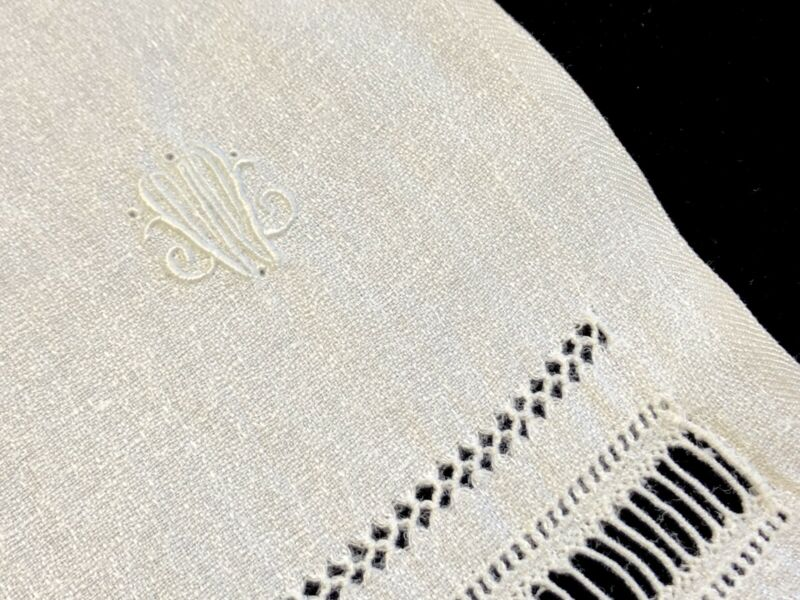 "Antique Victorian Era Linen Bath Towel w/ White Monogrammed ""W"" 28x52 (RF931)"