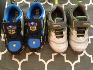 Boys size 8 running shoes (Toddler)