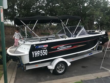 2009 QUINTREX 560 FREEDOM CRUSER ONLY 100HOURS