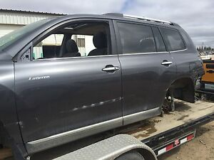 2012 Toyota Highlander parting out