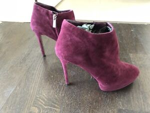 BRAND NEW VINCE CAMUTO HIGH HEEL BOOTS
