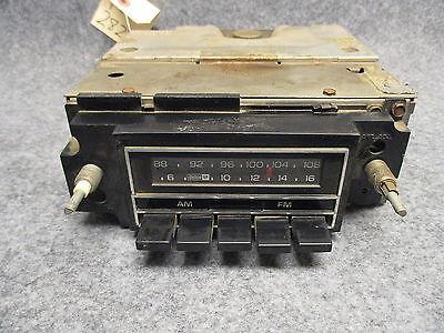 Delco GM AM/FM Push Button Radio UNTESTED CORE Model Unknown 28227