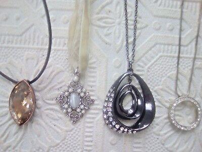 Pearl Bead Necklace Bulk (white tiger eye, pearl bead, yellow stone, black pendant rhinestone)