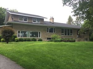 ALL INCL. 3 BED IN QUIET COUNTRY SETTING - 1-998 Highway 2