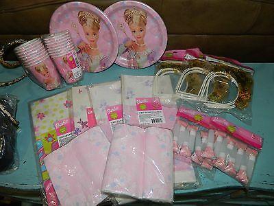 Barbie Birthday Pary Decorations Plates Napkins Tiaras Vintage Lot  (Pary Decorations)