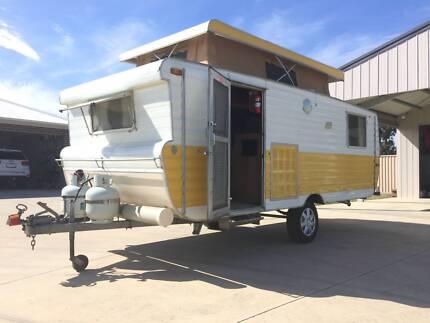 Bunk Caravan Cardigan Ballarat City Preview