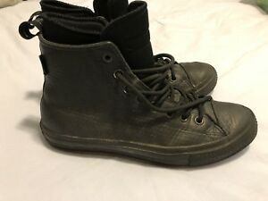 Men's 7.5/women's 9.5  converse waterproof