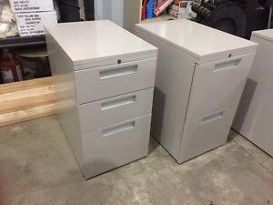 Metal filing cabinets/drawers