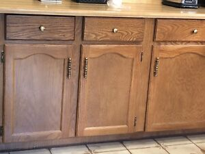 Kitchen cabinets - solid wood