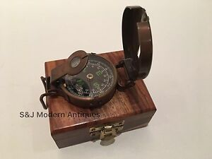 Soldiers Military Thumb Compass Vintage Brass WW2 1940 Navigation