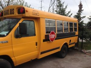 2002 School bus for sale in good condition.