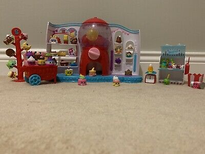 Shopkins Massive Bundle - Gumball Machine Plus Accessories And 42 Shopkins