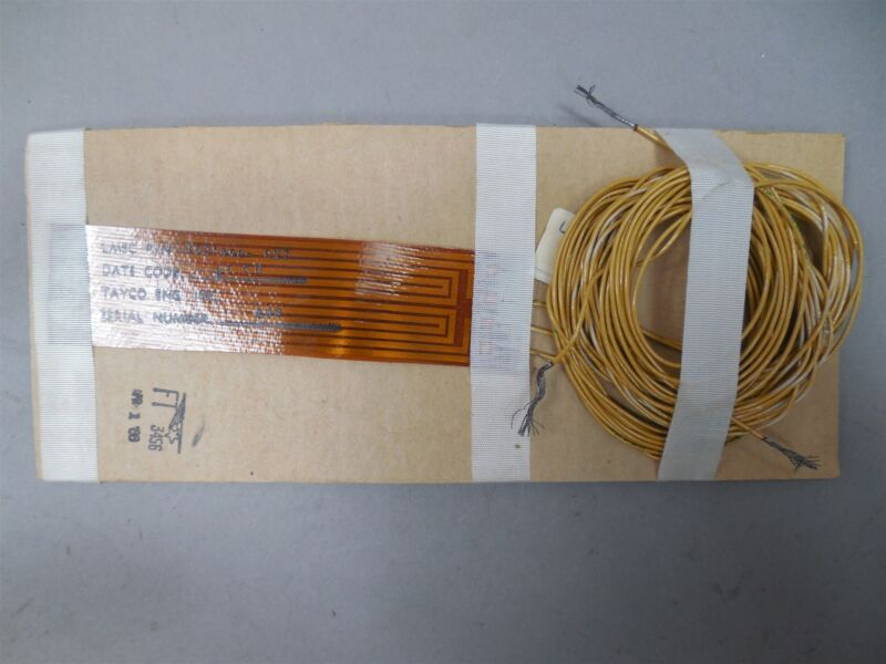 """(3) Tayco 1621490-027 Flexible Polyimide Circuit Heaters 3-1/2"""" x 1"""" NOS"""