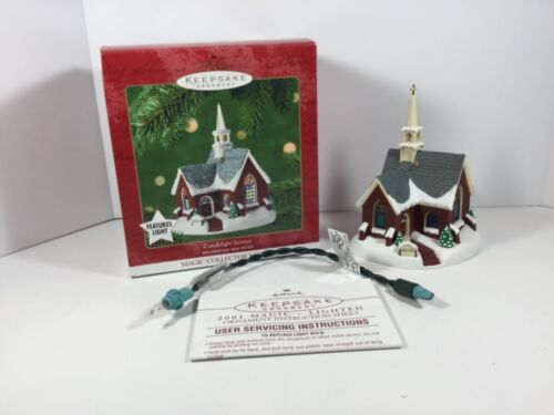 Hallmark Ornament 2001 Candlelight Services Lighted 4th in Series