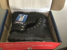 Steel Blue work boots brand new size 10 Tapping Wanneroo Area Preview