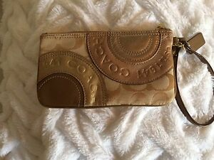 Pochette COACH (authentique)