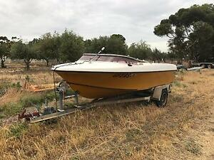 V8  fish/ski boat price drop make a offer Paralowie Salisbury Area Preview