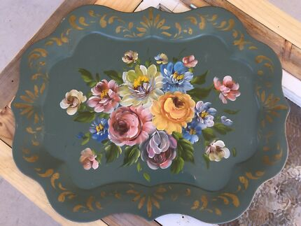gorgeous | vintage | hand painted TOLE tray