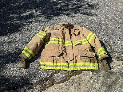 Firefighter Janesville Lion Apparel Turnout Commando Coat 48x32 2007 Used