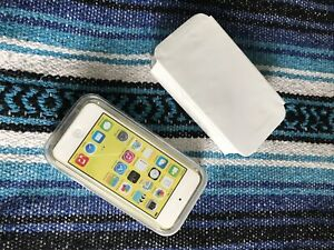 Brand new iPod touch 32g