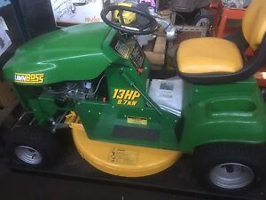 NEW Cox Lawn Boss 13hp Birkdale Redland Area Preview