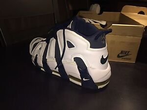 Nike More up tempo size 12 us