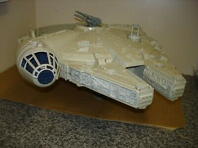 Vintage 1977 Star Wars Palitoy Millenium Falcon with rare parts in working order