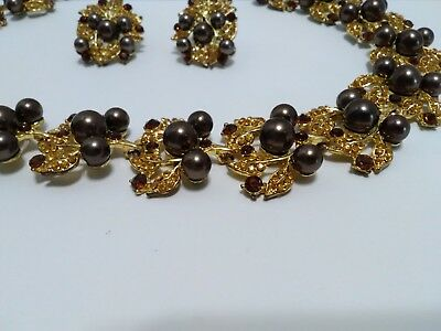 vintage gold tone earrings necklace bronze colored faux pearl retro leaves leaf