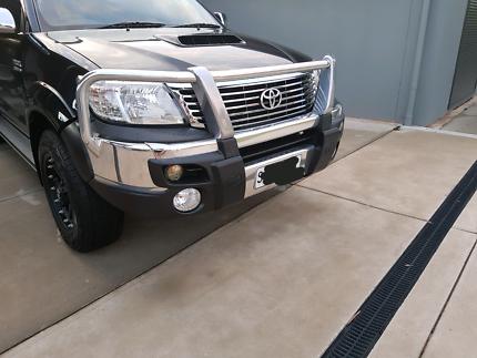 2012 - 2015 Hilux SR5 front bumper