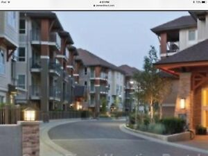 Waterscapes Downtown KELOWNA 1 bed plus den
