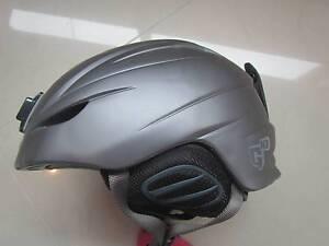 Giro Ski Helmet Size Small Norman Park Brisbane South East Preview