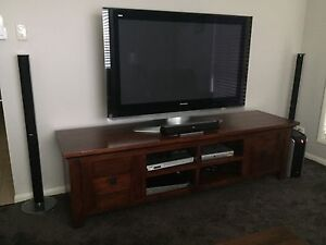 Solid Timber TV unit Thornlands Redland Area Preview
