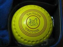 Taylor Vector Size 3 Yellow Lawn Bowls - set of four Stockton Newcastle Area Preview