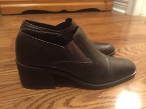 Selling various shoes- fall/ winter sizes 8.5-9