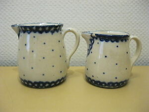 2 x alter Krug / Milchkrug - Keramik / Steingut -  blaue Punkte