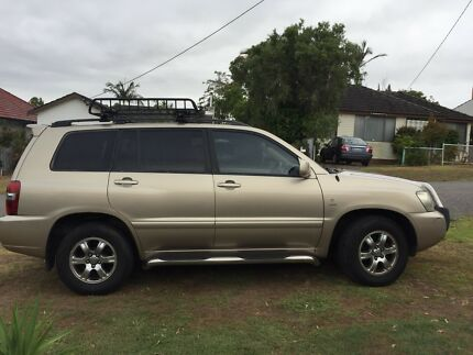 Toyota  kluger AWD 2003 $6500 ono