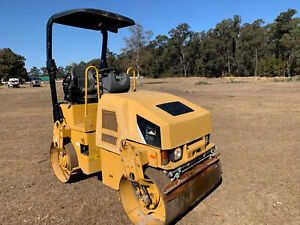 Caterpillar CB24  Vibrating Roller Londonderry Penrith Area Preview