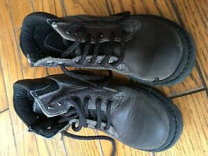 Children size 10 leather boots