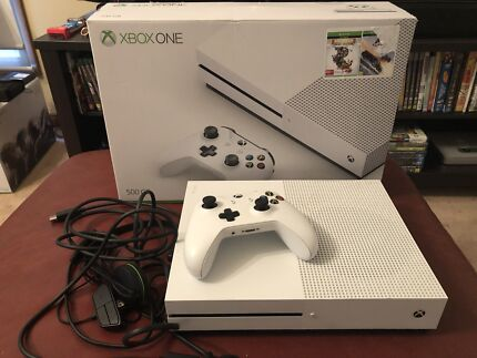 Xbox one s for sale (4K)