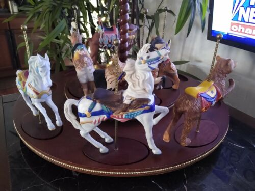 Franklin Mint 7 Carousel Horses with Wooden Display Carousel. Vintage 1988